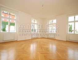 Luxury, renovated apartment 4+1, 133 m2, Praha 6, next to Stromovka park