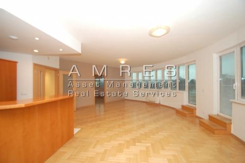 Apartment 3+kk, 135 m2, with a terrace (50 m2), Prague 2- Vinohrady, Bělehradská