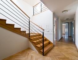 Rent of an office space 293 m2, Prague 1 Nove Mesto, Mezibranska