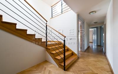Pronájem kancelářských prostor 293 m2, Praha 1- Nové Město, Mezibranská