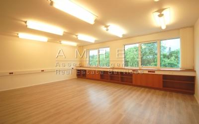 Pronájem kancelářských prostor 703 m2, Praha 2- Vinohrady, Bělehradská