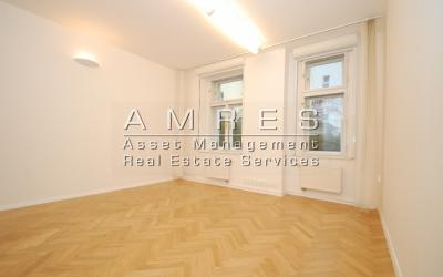Office space 81 sq.m., Prague 2 - Vinohrady, Manesova