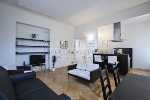 Breathtaking apartment 2+kk, 79 sqm., next to the Old Town square