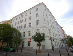 Nice, refurbished flat 3+1, 101 m2, nearby náměstí Míru, Prague 2- Vinohrady