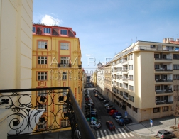 Rent of an office space, 226 sq.m., Prague 2 - Vinohrady, Mánesova